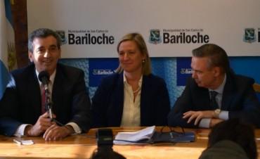 Randazzo y la bolivarense Martini, presentaron la SUBE, en Bariloche