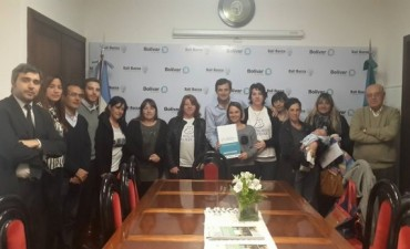 Municipio: Se entregaron Personerías Jurídicas a instituciones de Bolívar
