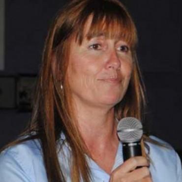 OLAVARRÍA: Liliana Schwindt se lanzó como candidata a intendente