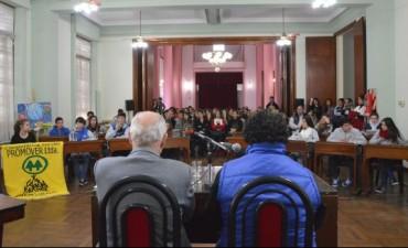 Se realizó el segundo encuentro distrital del Parlamento Juvenil MERCOSUR 2015