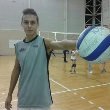 Voley Formativas: Un joven bolivarense de selección de la Provincia de Buenos Aires