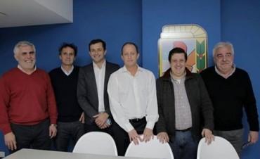 Tarifa Social: Bucca se reunión con Insaurralde y otros intendentes del FpV