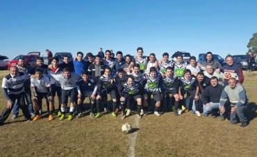 Fútbol Rural Recreativo: Pirovano y Unión es Fuerza comenzaron ganando