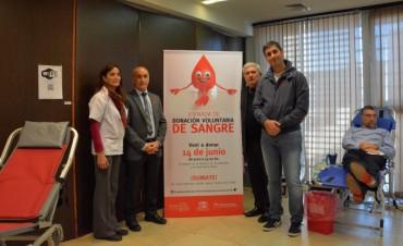 Senadores y Diputados, juntos en una campaña de donación de sangre