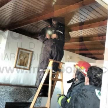 Principio de incendio en el edificio de la Sub DDI de Bolívar