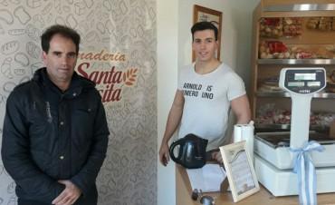 La tradicional Panadería Santa Teresita abrió una nueva sucursal