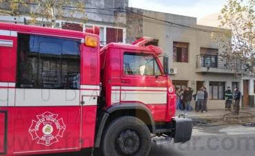 Voraz incendio en un departamento de calle Sarmiento