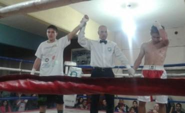 Boxeo en el Club Argentino: Buenos combates con la 'Legión Uruguaya'