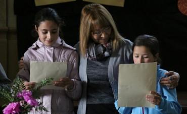 La escritora Maryta Berenguer estuvo en la Escuela 9