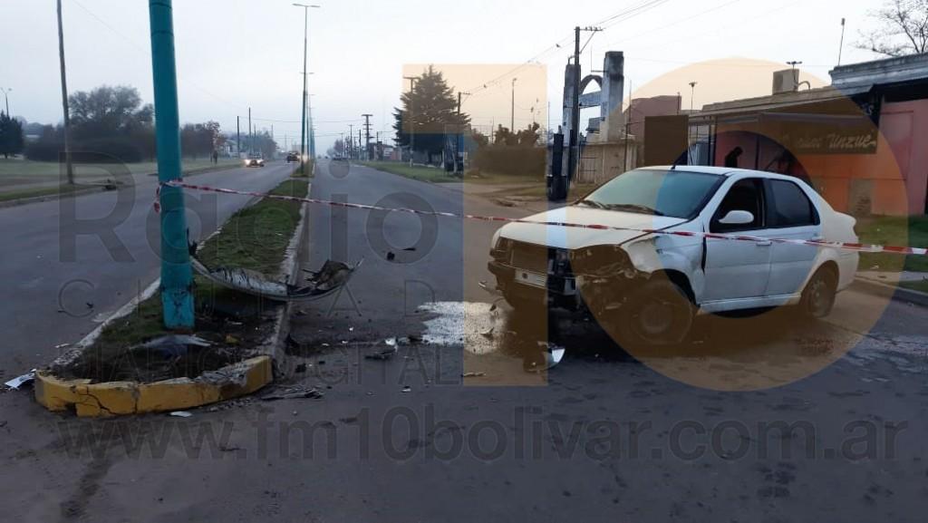 Espectacular impacto sin lesiones graves sobre Avenida Mariano Unzue