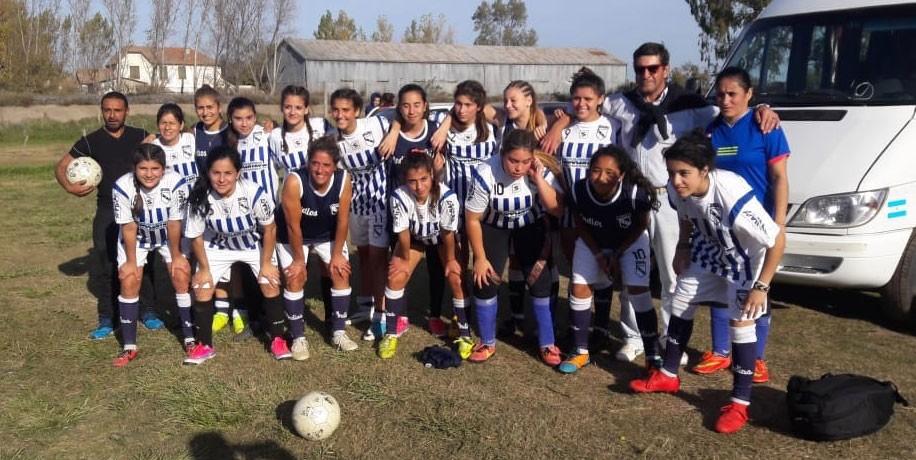 Fútbol Femenino: El equipo SUB 16 de las indias participa de los torneos bonaerenses