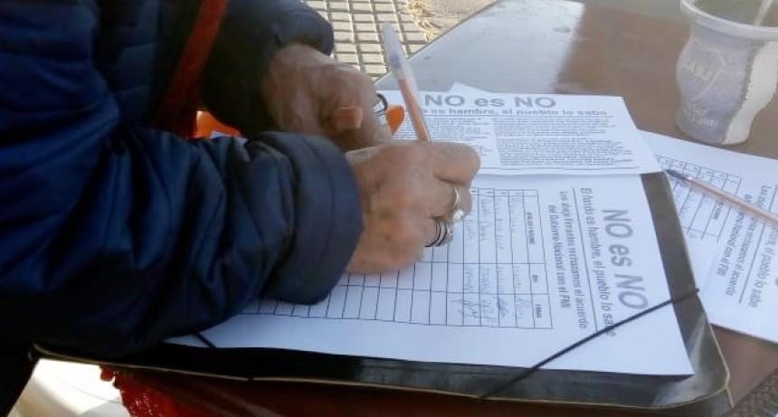 Parte de Prensa: La Cámpora Bolívar juntó firmas en contra del acuerdo con el FMI