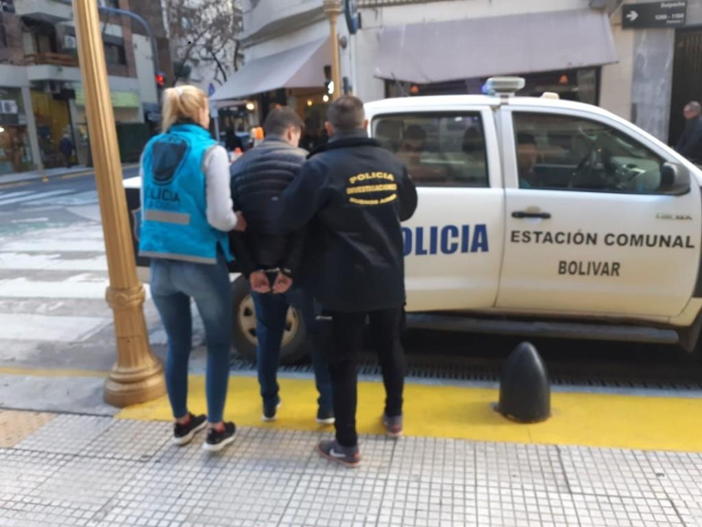 Se logró la detención de un masculino involucrado en hechos de Cuento del Tio en Bolívar y Daireaux