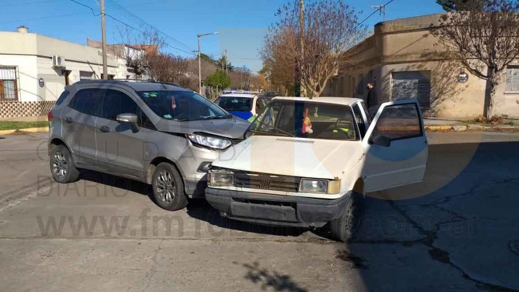 Una persona debió ser hospitalizada tras un impacto en Bernardo Irigoyen y Güemes