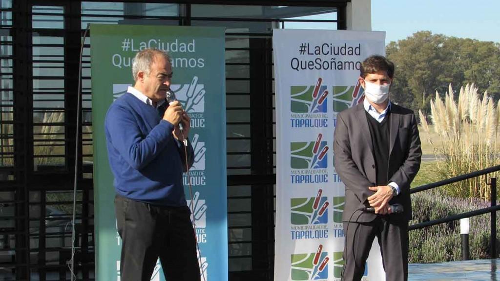 Tapalqué; Kicillof visitó la ciudad y presentó el programa Alimentos Bonaerenses