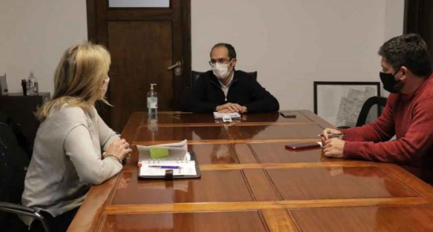 Pisano sumó autoridades educativas al comité sanitario