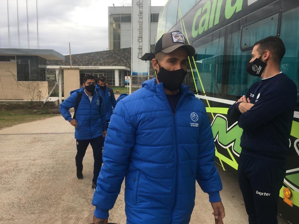 El plantel del Club Ciudad partió rumbo a Mar del Plata