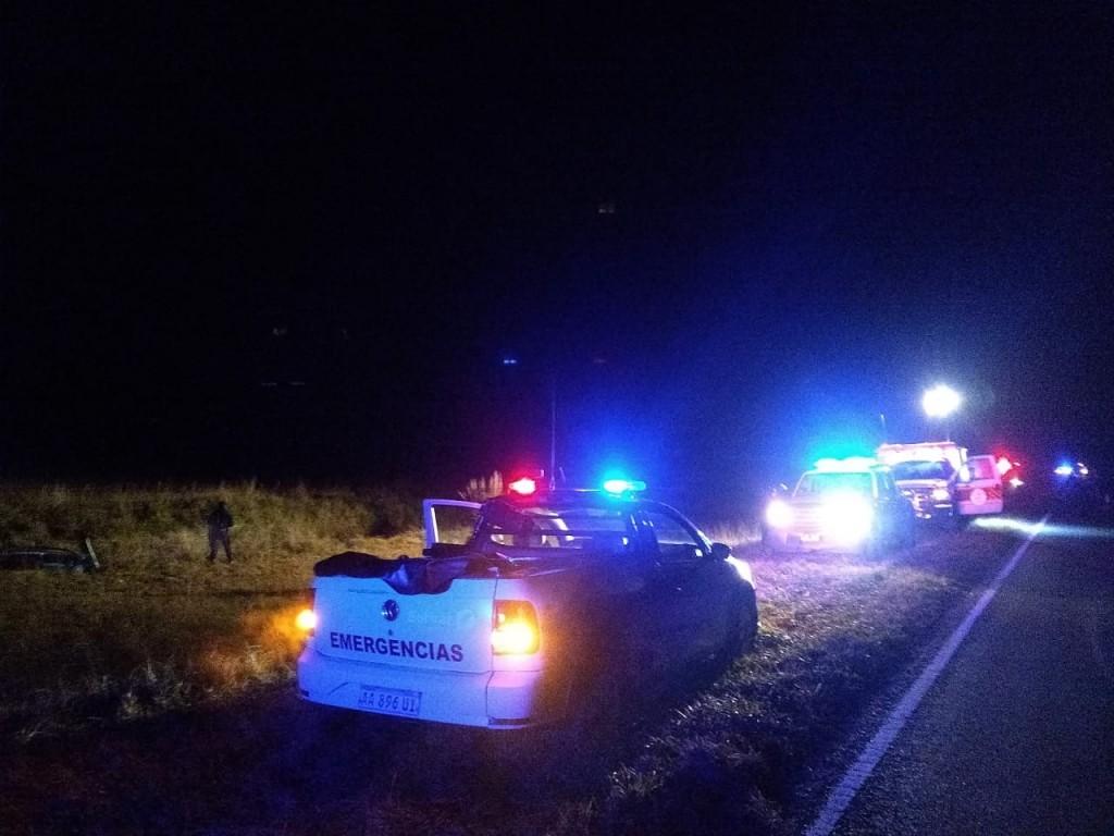 Tres personas fueron hospitalizadas tras un vuelco en ruta 205