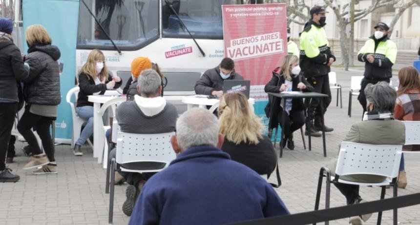 La vacunación libre continúa este lunes desde las 11 horas en el Centro Cívico