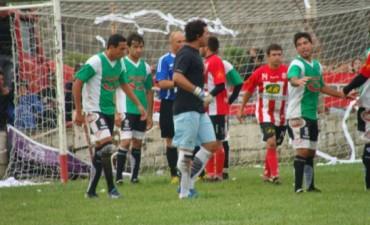 Triunfos clave de Independiente y Empleados