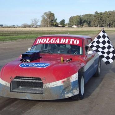 Roberto Holgado se quedó con la segunda final del Supercar