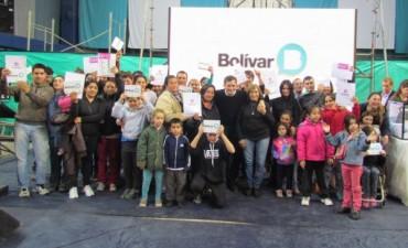 25 nuevas familias bolivarenses alcanzaron el sueño de la casa propia