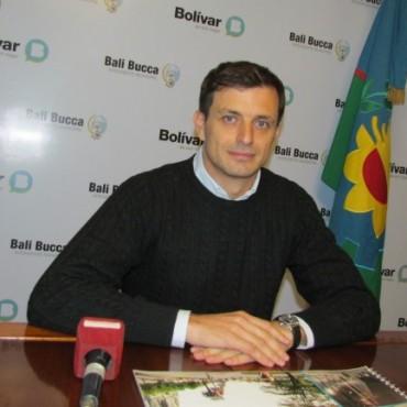Bucca anunció la entrega de 25 viviendas con la presencia del Ministro de Planificación Julio de Vido