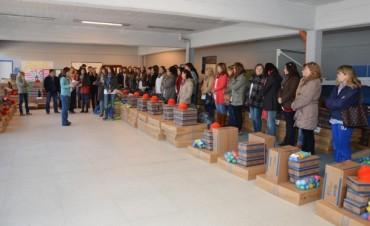 El municipio entregó material deportivo para las escuelas