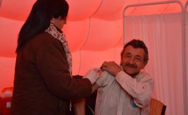 'Hospital Capredoni': Se sigue aplicando la vacuna contra la gripe