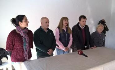 Sandra Santos en nombre del equipo de Cambiemos entregó subsidios a 17 instituciones del partido de Bolívar