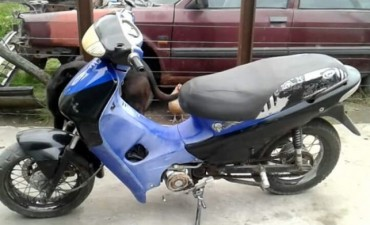 Robaron una moto desde el interior de una casa, en Barrio Melitona