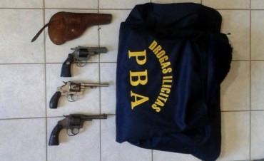 En Guaminí: Operativo antinarcótico en la zona, secuestran drogas, armas, 50 mil pesos, 4 autos y varios teléfonos