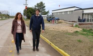 DESDE ESTE LUNES OCUPA EL CARGO: La nueva Directora de Educación, Lorena Urrutia, recorrió el Crub