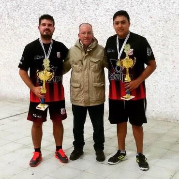 PELOTA A PALETA: Matías Lanzinetti y su compañero salieron campeones de la 4ta. categoría