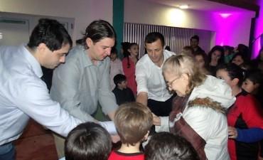 Quedó reinaugurado el Gimnasio Municipal de Urdampilleta
