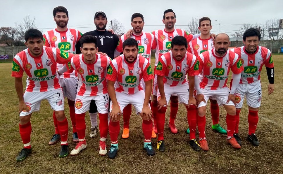 Cayeron Empleados y Atlético Urdampílleta, empató Independiente y ganó Balonpie