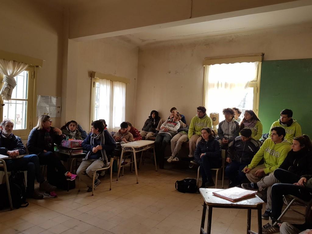 DDHH brindó una charla en la Escuela de Educación Agraria
