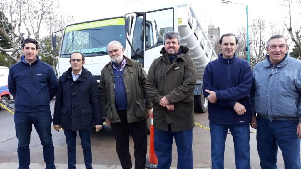 Se presentó nueva maquinaria vial para Bolívar