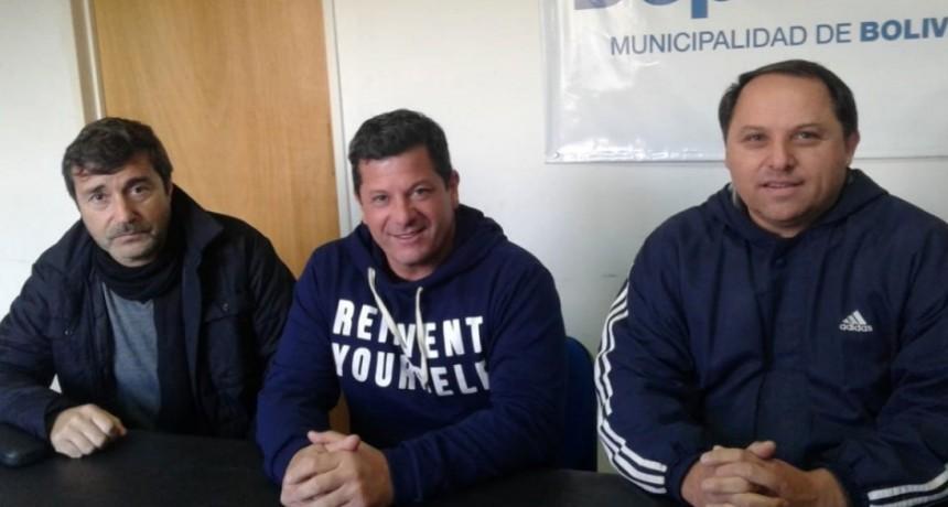 Se presentaron las selecciones sub-13 y sub-15 del fútbol local