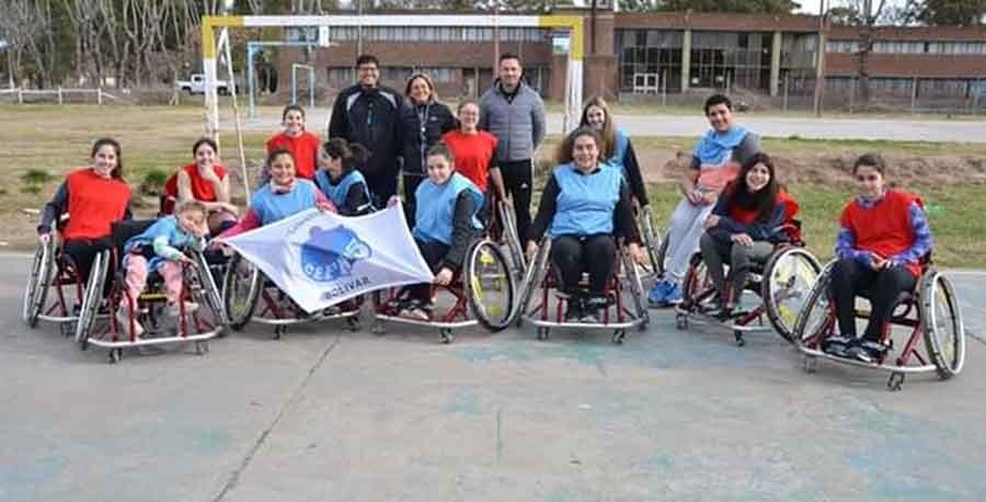 La Municipalidad realizó una jornada de handball en silla de ruedas