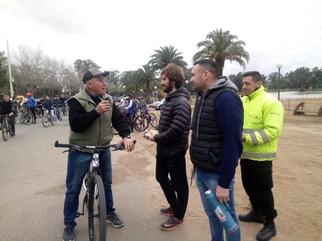 Norberto Santos y su aniversario en la bicicletería