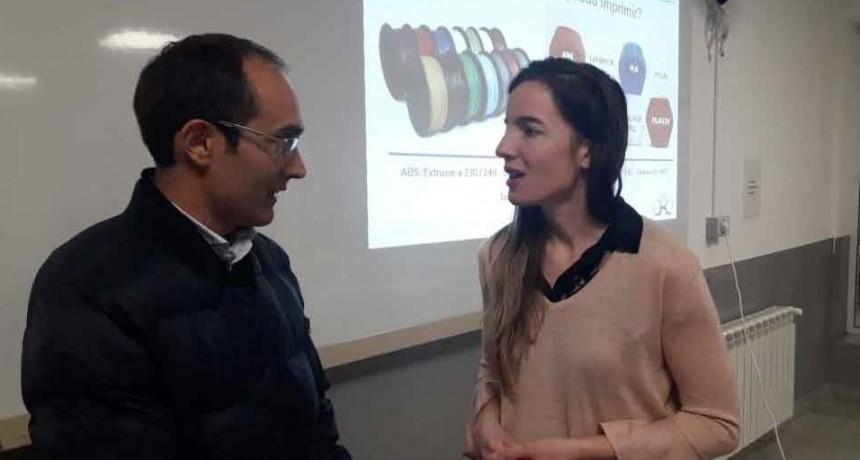 El Intendente Pisano recibió a la diseñadora bolivarense Valeria Sararols