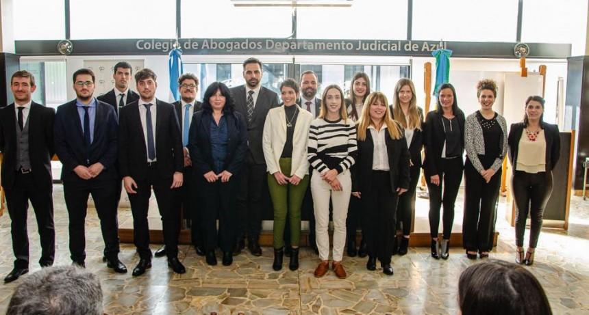 Tres profesionales bolivarenses juraron como nuevos matriculados en el Colegio de Abogados
