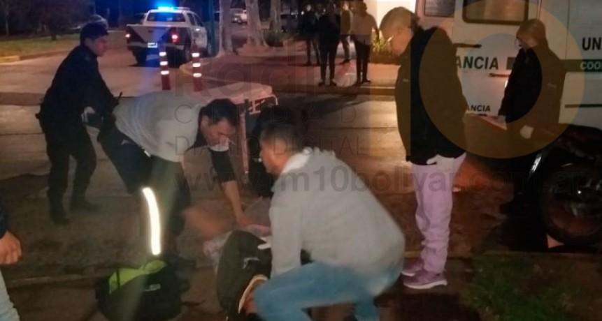Un joven fue hospitalizado a raíz de una fuerte colisión