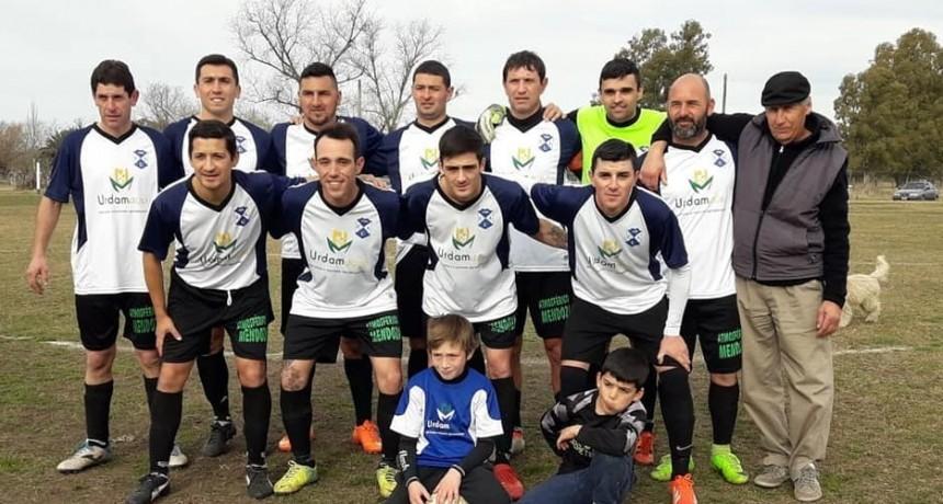 Agrario reafirma su liderazgo en la 1º del torneo de Fútbol Rural Recreativo