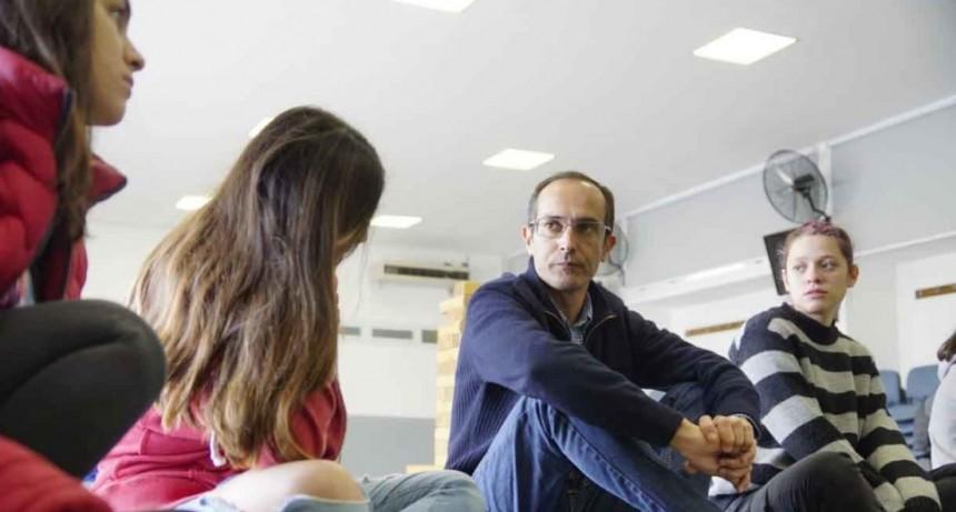 El Intendente Pisano se reunió con los jóvenes de las casas del estudiante en La Plata