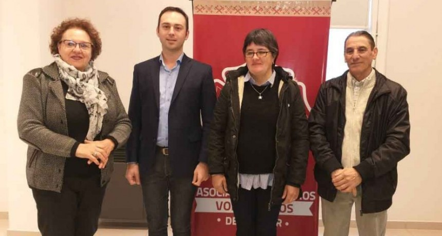 Se realizó la entrega del premio por pago contado de la rifa de Bomberos Voluntarios