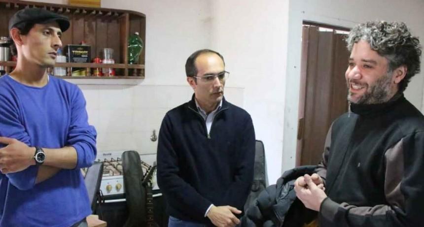 """El Intendente Pisano visitó el emprendimiento """"Misil Guitarras"""""""