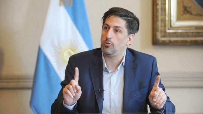 Trotta: 'Las provincias en fase cinco empezarían las clases en agosto'