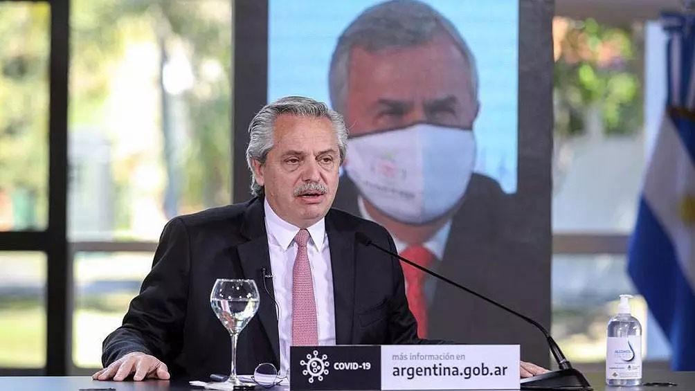 Fernández anunció una apertura escalonada; 'Vamos a ir tratando de volver a la vida habitual'